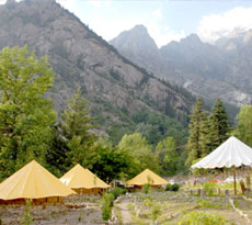 Book best Manali holiday packages for honeymoon couples